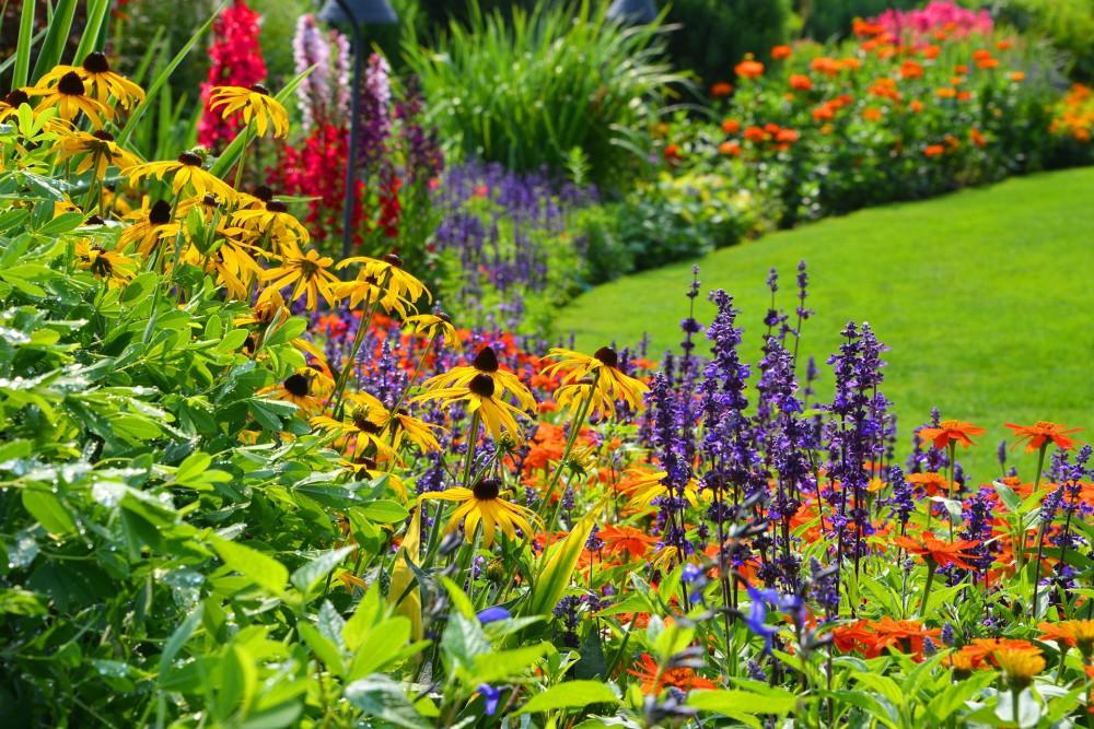 Garden Summer Houses Cheap: The Butchart Gardens